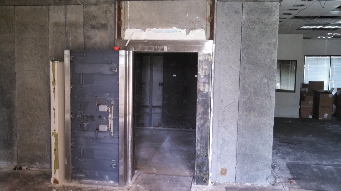 Diebold Class 2 Modular Bank Vault Removal - Boswell Safes